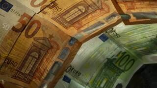 Κυβερνητικές πρωτοβουλίες για να αυξηθεί η ρευστότητα στην πραγματική οικονομία