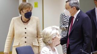 Μετάλλαξη Δέλτα: Ανησυχούν οι Ευρωπαίοι ηγέτες - Μέρκελ και Ντράγκι ζητούν επαγρύπνηση