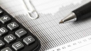 Φορολογικές δηλώσεις: Ποιοι θα δουν τα εκκαθαριστικά τους σημειώματα «ξεφουσκωμένα»