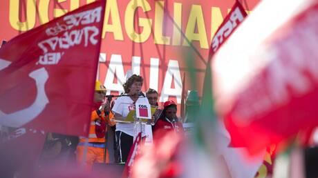 Ιταλία: Παράταση της προστασίας εργαζομένων έναντι απολύσεων ζητούν τα συνδικάτα