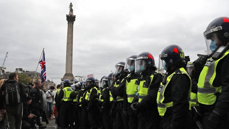 Διαδήλωση στο Λονδίνο για την παράταση των περιορισμών λόγω μετάλλαξης Δέλτα