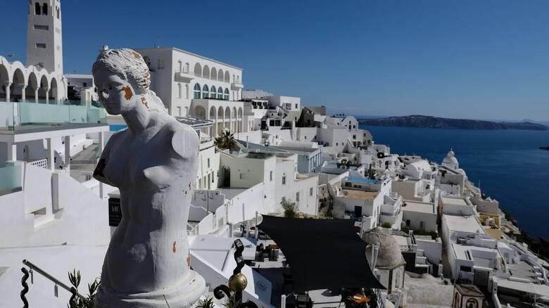 Κορωνοϊός - Ξενοδόχοι: «Ομιχλώδης και αχαρτογράφητη» η φετινή χρονιά για τον τουρισμό