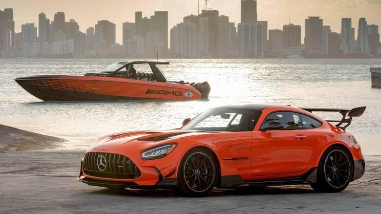 Το νέο σκάφος της Cigarette είναι εμπνευσμένο από τη Mercedes-AMG GT Black Series