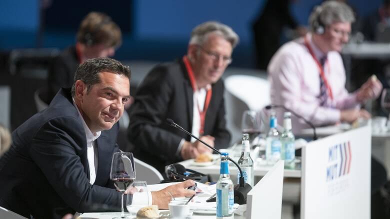 Ο Τσίπρας προωθεί στην Ευρώπη την ιδέα της προοδευτικής κυβερνητικής συμμαχίας