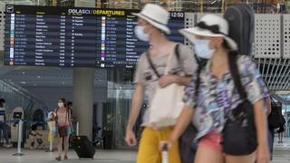 The Times: «Μπλόκο» στους Βρετανούς τουρίστες από την ΕΕ θα ζητήσει η Μέρκελ