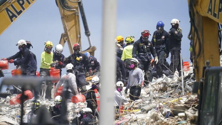 ΗΠΑ: Συνεχίζονται οι προσπάθειες για ανεύρεση επιζώντων - Στους 10 οι νεκροί