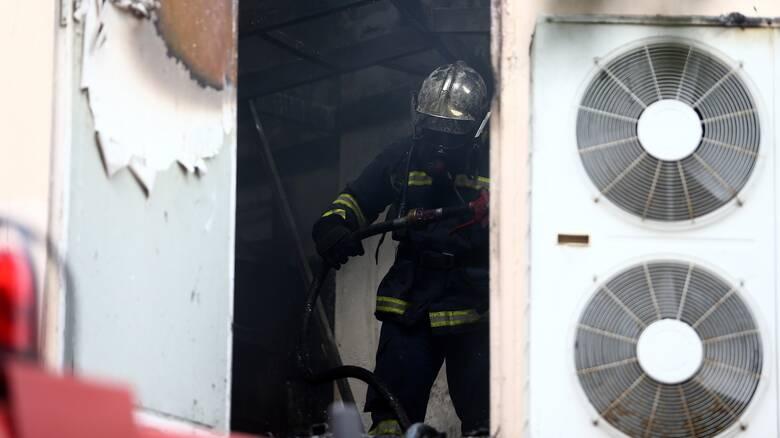 Πυρκαγιά σε αποθήκη πλαστικών στη Θεσσαλονίκη
