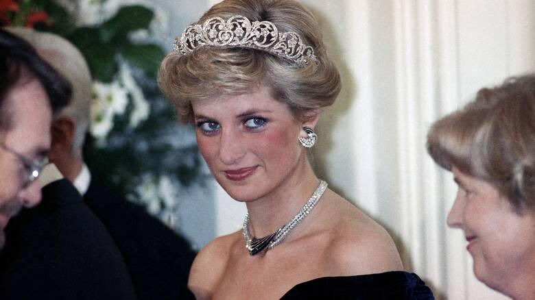 Πριγκίπισσα Νταϊάνα: Το πρώτο της αυτοκίνητο πουλήθηκε σε δημοπρασία