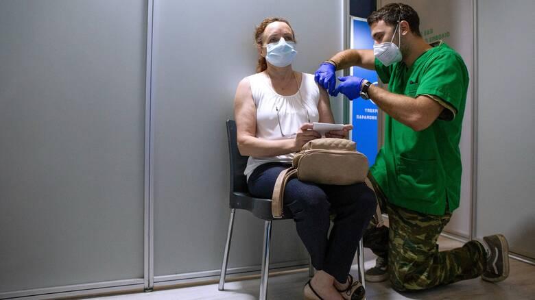 Εξαδάκτυλος για μετάλλαξη Δέλτα: Οι εμβολιασμένοι δεν διατρέχουν κίνδυνο σοβαρής νόσησης