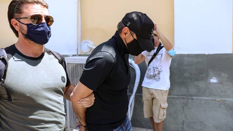 Κλοπή στην Πινακοθήκη: Προθεσμία για να απολογηθεί αύριο πήρε ο 49χρονος