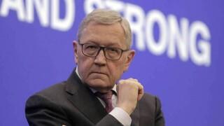 Εκκαθάριση ληξιπρόθεσμων χρεών και μεταρρυθμίσεις στον τραπεζικό τομέα ζητά ο  Κλάους Ρέγκλινγκ