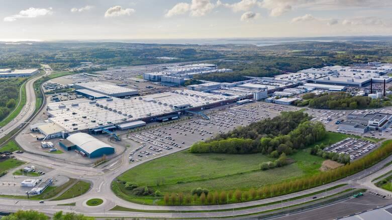 Η Volvo γίνεται κλιματικά ουδέτερη εταιρεία, με έμφαση στη βιωσιμότητα και την ασφάλεια
