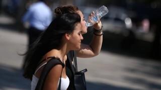 Καιρός: «Καμίνι» η Ελλάδα σήμερα - Πού θα δείξει το θερμόμετρο 44 βαθμούς