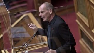 Βουλή: «Πυρά» Βαρουφάκη για voucher 150 ευρώ και Μεσοπρόθεσμο