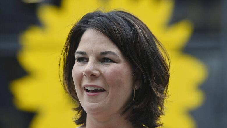 Γερμανία: Αντιμέτωπη με κατηγορίες για λογοκλοπή η Αναλένα Μπέρμποκ των Πρασίνων