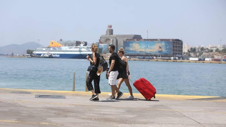 Μετακινήσεις: Πώς θα ταξιδεύουμε στα νησιά από τη Δευτέρα - Τι ισχύει για τα παιδιά