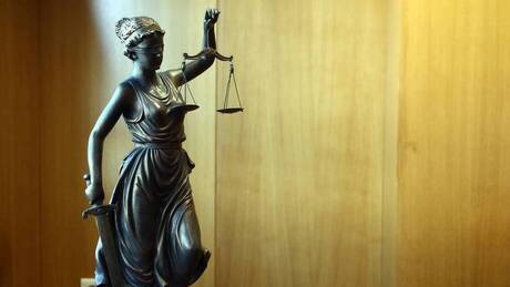Νέο ποινολόγιο για όσους «ξεπλένουν» χρήμα – Τι προβλέπει νομοσχέδιο του υπουργείου Δικαιοσύνης