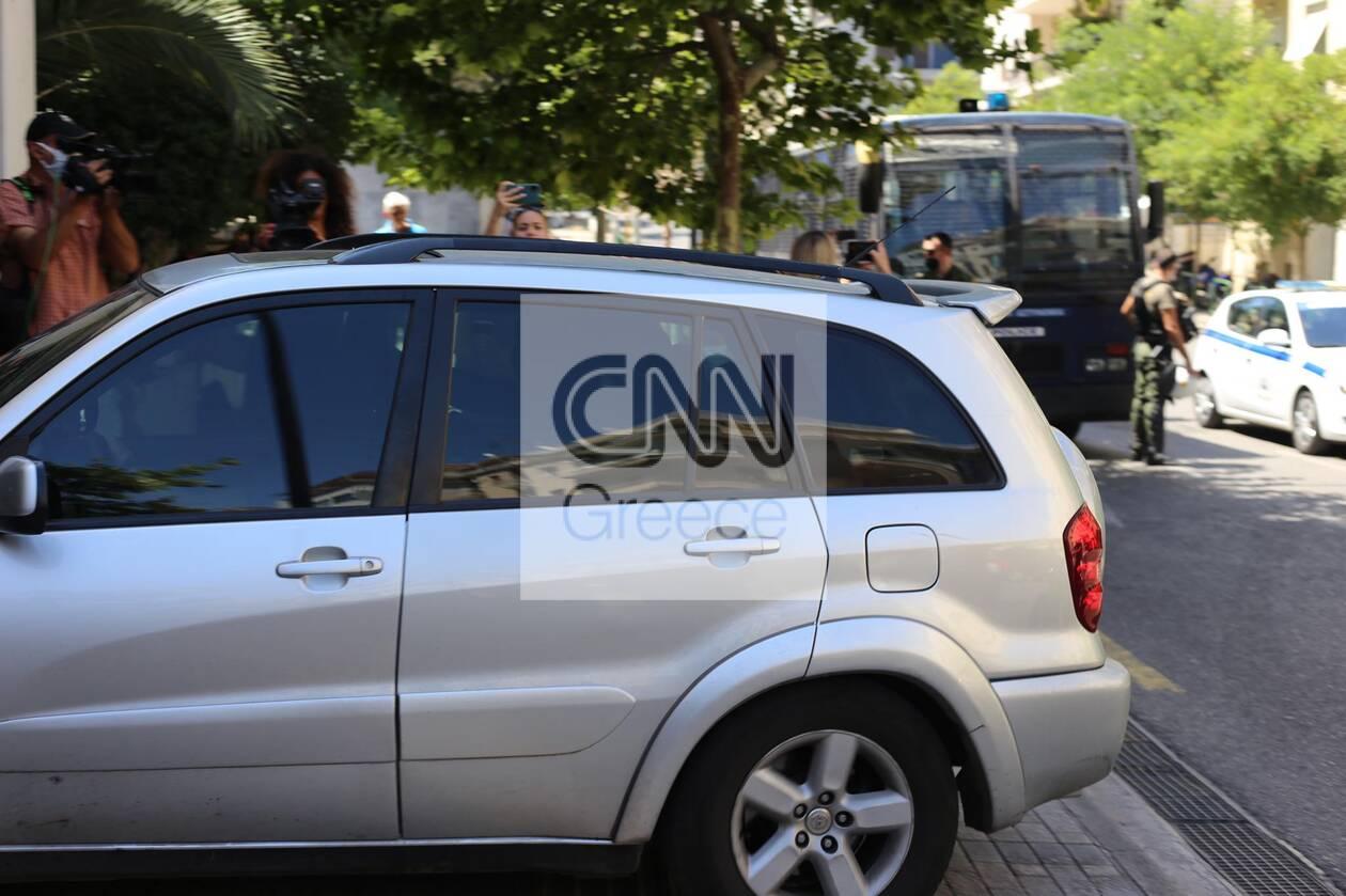https://cdn.cnngreece.gr/media/news/2021/07/02/272486/photos/snapshot/pappas-efeteio-1.jpg