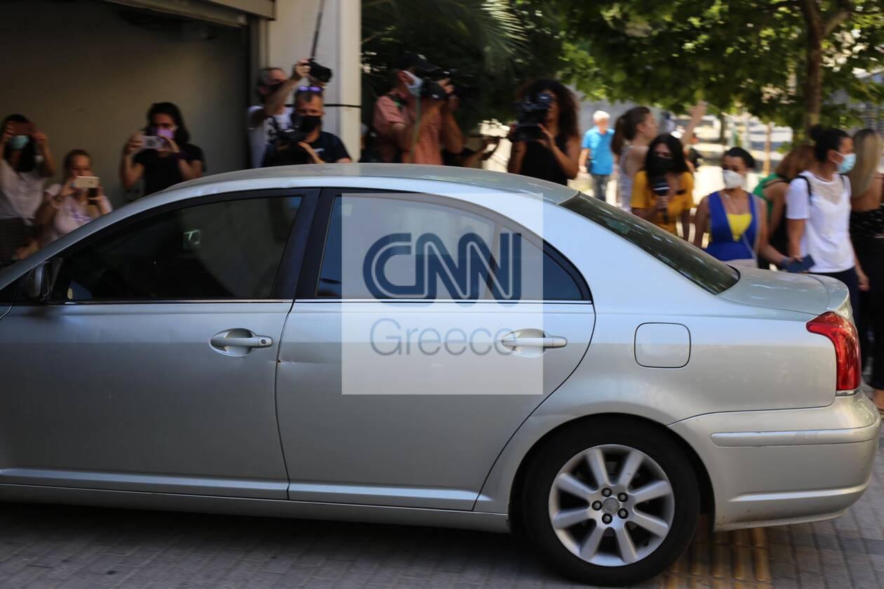https://cdn.cnngreece.gr/media/news/2021/07/02/272486/photos/snapshot/pappas-efeteio-4.jpg