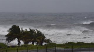 ΗΠΑ: Ο κυκλώνας Έλσα, υποβαθμισμένος σε τροπική καταιγίδα, πλησιάζει την Αϊτή