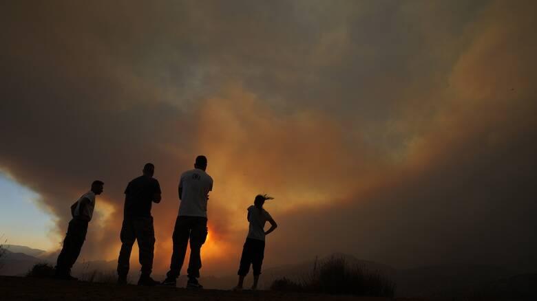Μαίνεται η φωτιά στην Κύπρο: Τέσσερις νεκροί - Εναέρια συνδρομή και από την Ελλάδα