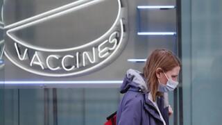 Κορωνοϊός: «Προσωπική επιλογή η χρήση μάσκας στην Αγγλία» λέει Βρετανός υπουργός