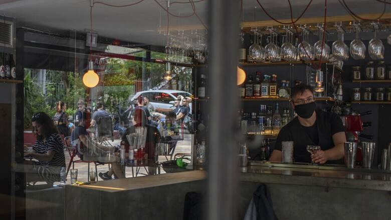 Κορωνοϊός: Έκτακτες ανακοινώσεις Χαρδαλιά μετά την αύξηση-σοκ των κρουσμάτων