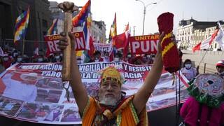 Περού: Χωρίς πρόεδρο έναν μήνα μετά τις εκλογές, στους δρόμους οι πολίτες
