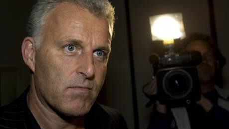 Πυροβολισμός δημοσιογράφου στην Ολλανδία: Καταδικάζουν ΕΕ και βασιλιάς Γουλιέλμος