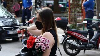 Παπαευαγγέλου: Η μάσκα παραμένει υποχρεωτική - Πού πρέπει να τη φοράμε