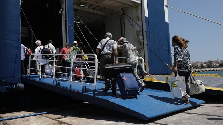 Οδηγός για τις μετακινήσεις στα νησιά - Σε ποιες περιπτώσεις υπάρχει σύσταση για self test