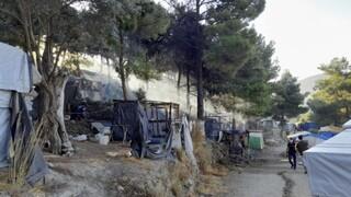Φωτιά στο ΚΥΤ της Σάμου: Δύο προσαγωγές