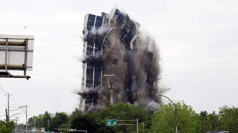 Οι κατεδαφίσεις κτηρίων αφήνουν το αποτύπωμά τους στο περιβάλλον