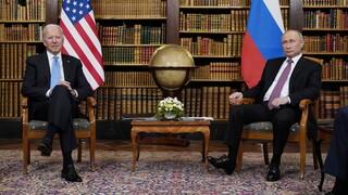 Μπάιντεν σε Πούτιν: Ανάλαβε δράση για να σταματήσουν οι κυβερνοεπιθέσεις