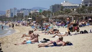 Γαλλία - Λε Ντριάν: Όσοι θέλουν να ταξιδέψουν σε Ισπανία και Πορτογαλία πρέπει να εμβολιαστούν