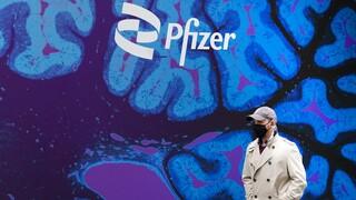 Τρίτη δόση Pfizer: Τι κρύβεται πίσω από τα σχέδια της εταιρείας - Η ένσταση των ειδικών