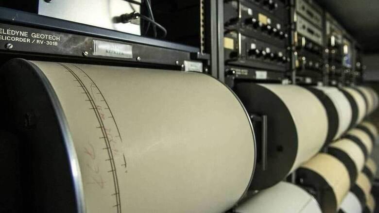 Αλλεπάλληλες δονήσεις στη Θήβα - Καθησυχάζουν οι σεισμολόγοι