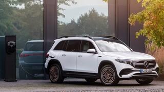 Η Mercedes θα περιορίσει τους κινητήρες εσωτερικής καύσης αλλά και τα plug-in υβριδικά