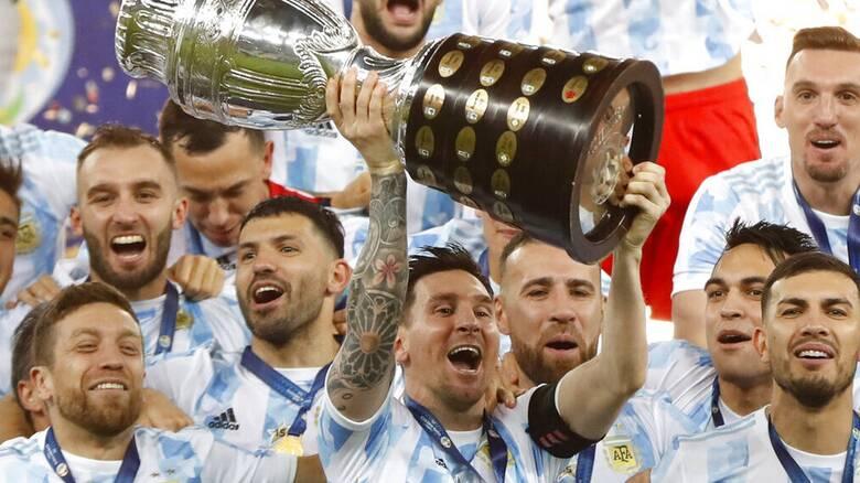 Στα ουράνια ο Μέσι: Σήκωσε το πρώτο Copa America στην καριέρα του