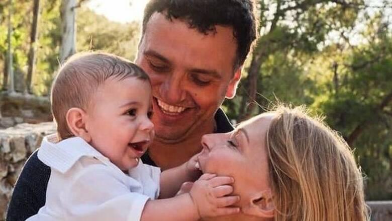 Βασίλης Κικίλιας-Τζένη Μπαλατσινού: Βάπτισαν τον γιο τους στην Πάτμο