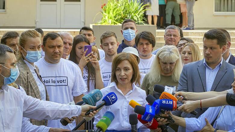 Εκλογές στη Μολδαβία: Μεγάλη νίκη των φιλοευρωπαίων έβγαλε η κάλπη