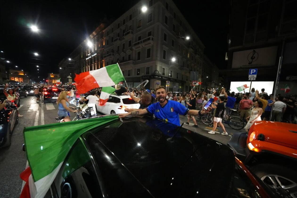 https://cdn.cnngreece.gr/media/news/2021/07/12/273734/photos/snapshot/italia_euro-5.jpg