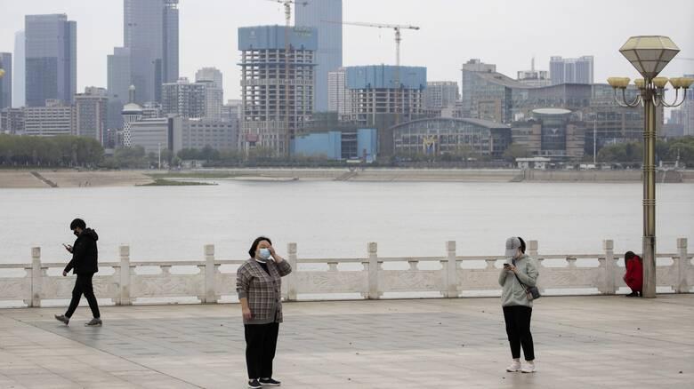 Μόλις 25 μεγάλες πόλεις, σχεδόν όλες στην Κίνα, ευθύνονται για πάνω από τις μισές εκπομπές αερίων