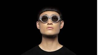 Kengo Kuma: Ο αρχιτέκτονας του Ολυμπιακού Σταδίου του Τόκιο σχεδίασε συλλογή γυαλιών ηλίου