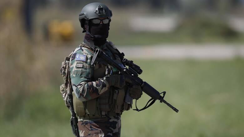 Κορωνοϊός: Πέντε ημέρες άδεια στους στρατεύσιμους που εμβολιάστηκαν ή θα εμβολιαστούν