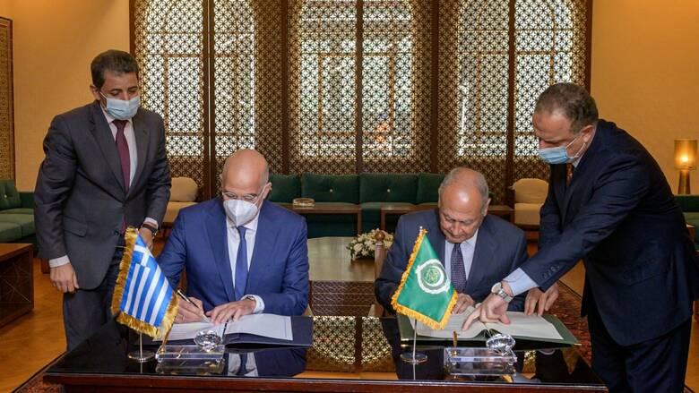 Δενδιας στο Κάιρο: Υπεγράφη Μνημόνιο Συνεργασίας Ελλάδας - Αραβικού Συνδέσμου