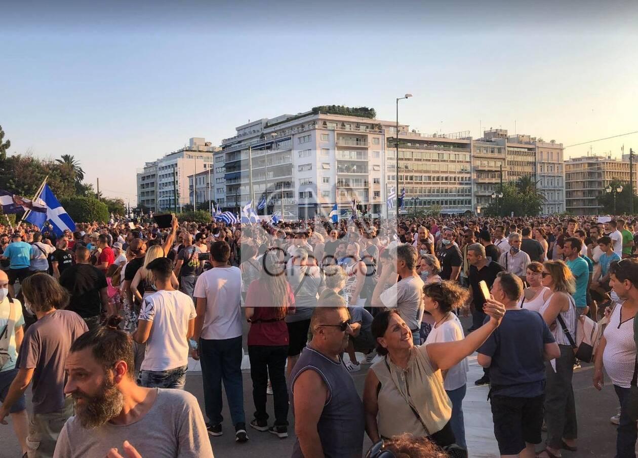 https://cdn.cnngreece.gr/media/news/2021/07/14/274118/photos/snapshot/antiem2.jpg