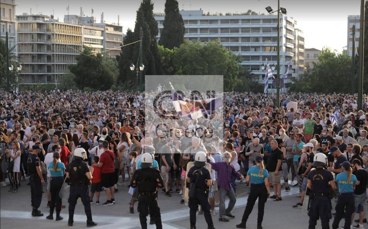 https://cdn.cnngreece.gr/media/news/2021/07/14/274118/photos/snapshot/antiem6.jpg