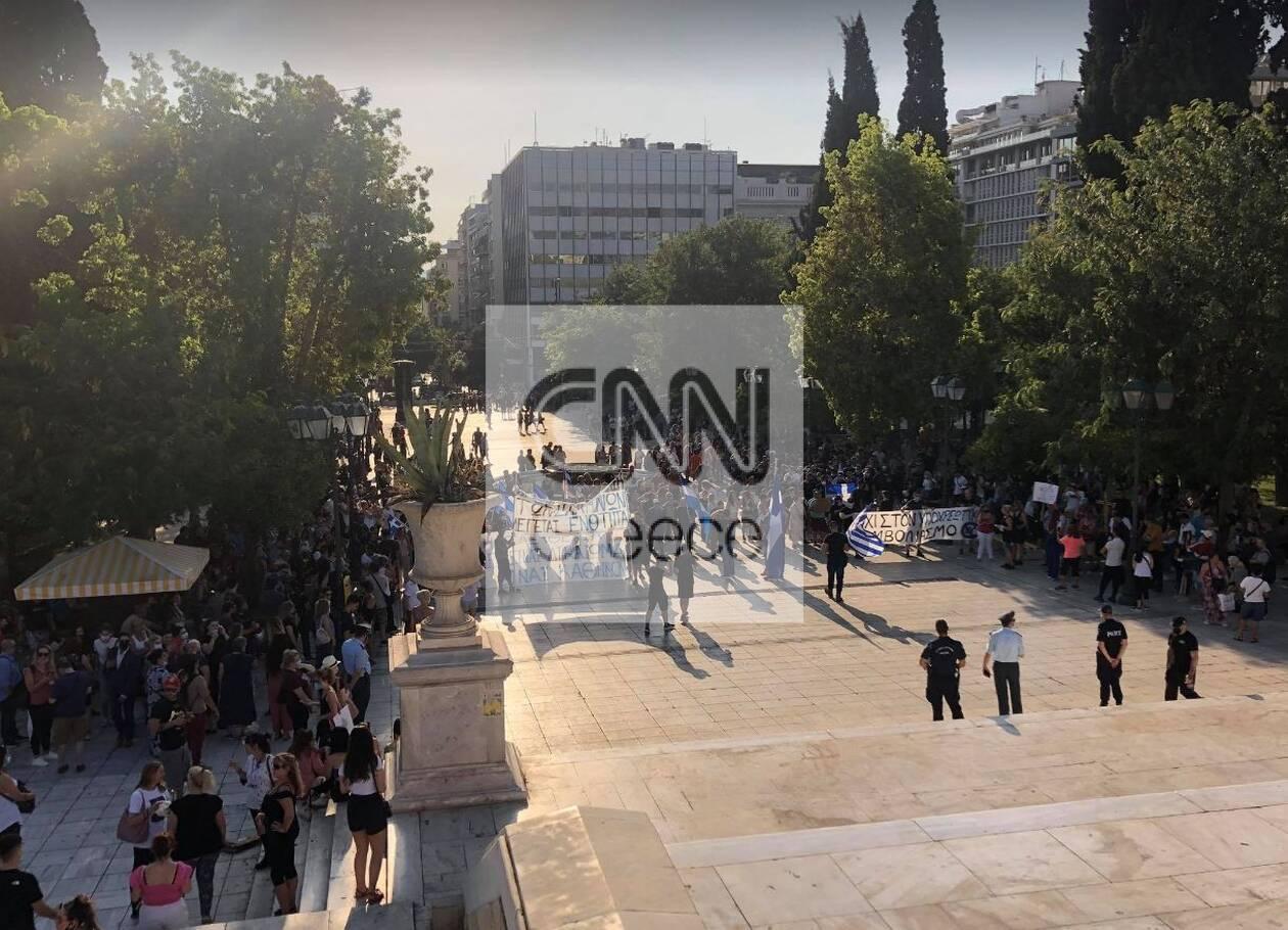 https://cdn.cnngreece.gr/media/news/2021/07/14/274118/photos/snapshot/antiemv3.jpg