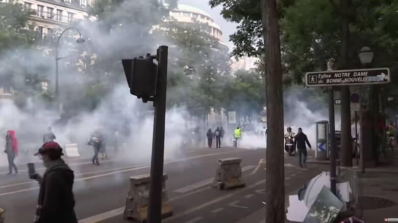 Κορωνοϊός - Γαλλία: Διαδήλωση κατά των μέτρων Μακρόν ανήμερα της επετείου της Βαστίλης